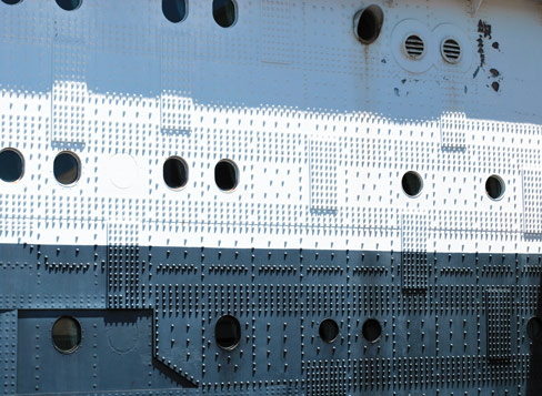 Queen Mary's many rivets